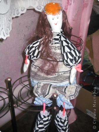 """Такая получилась у меня куколка . Выкройка взята из МК по тряпичным куклам с сайта """"Юлина кукла"""". фото 1"""