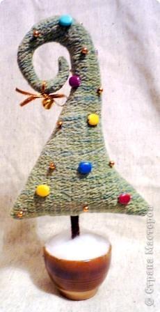 Что-то в этом году елки у меня нашились. Целых три штуки. фото 2