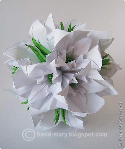 Белые лилии (схемы) фото 1