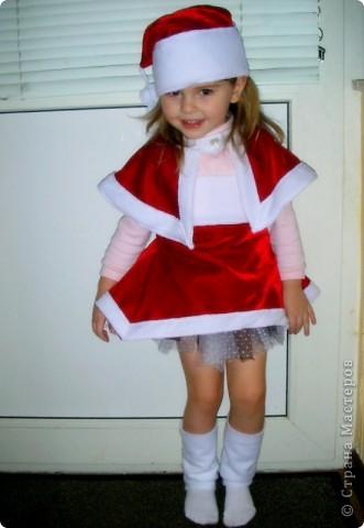 """Новогодний костюм """"Рождественский эльф""""! Пришлось коротать пару вечеров за швейной машинкой!...Очень понравилась одна фотография в инете,вот и решила что-то подобное сотворить. фото 4"""