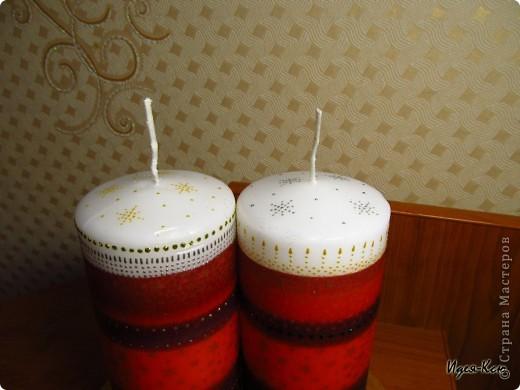 Вот такие свечи на подставке я сделала в подарок радителям друзей. Это мои первые свечи, так что судите не очень строго :) Делала декупаж горячей ложкой и маленько расписала.. фото 2