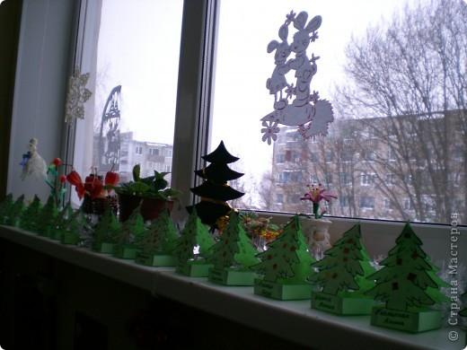 Вот такие ёлочки сделали мои малыши(6лет) для Деда Мороза фото 1