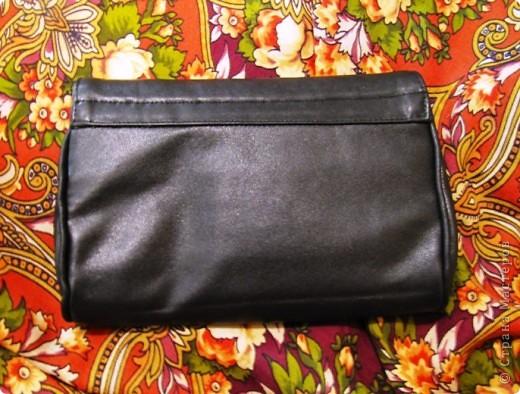 Понадобилась мне срочно для вечера маленькая сумочка. В магазине конечно можно было купить, но уж очень цены кусаются.) Вот и решила сама шить. фото 2