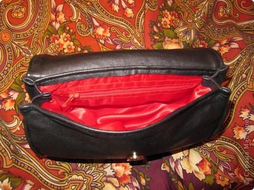 Понадобилась мне срочно для вечера маленькая сумочка. В магазине конечно можно было купить, но уж очень цены кусаются.) Вот и решила сама шить. фото 4