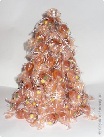 Ёлку можно украсить и оставить просто ёлкой, а можно превратить её в морковку. Мастер-класс по изготовлению ёлки здесь:  http://stranamasterov.ru/node/126702 фото 1