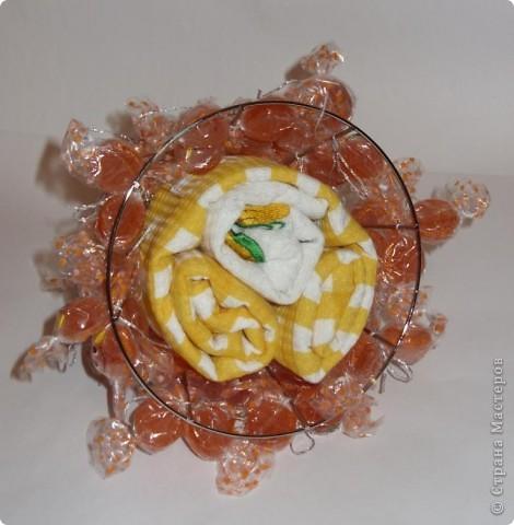 Ёлку можно украсить и оставить просто ёлкой, а можно превратить её в морковку. Мастер-класс по изготовлению ёлки здесь:  http://stranamasterov.ru/node/126702 фото 3