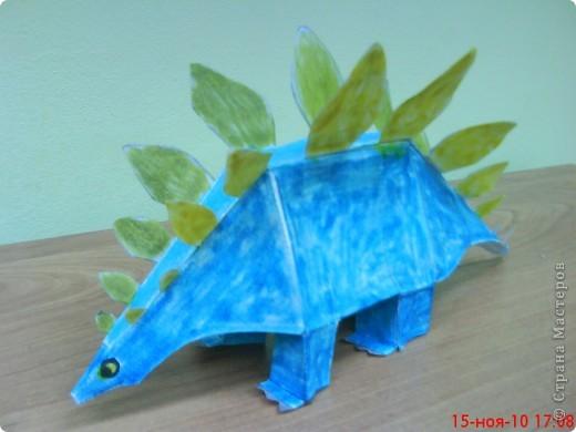 Этого стегозавра сделал Коротков Миша (9 лет). фото 1
