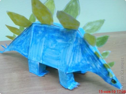 Этого стегозавра сделал Коротков Миша (9 лет). фото 2