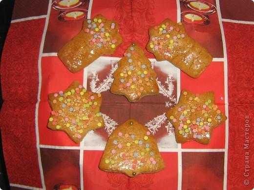Вот как и обещала меняю запись. В этом году мое любимое печенье выглядит так. Не стала выкладывать всю кучку, просто обзорный вариант.