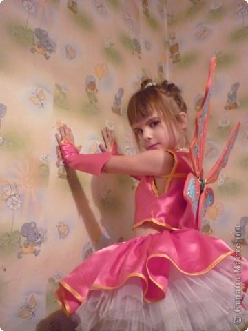 вот такой костюм я делаю доче. осталось немного,но нетерпится показать фото 1