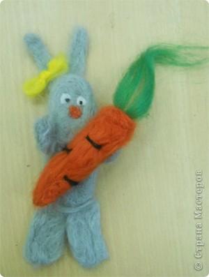 Новогодние валяные зайцы  фото 3