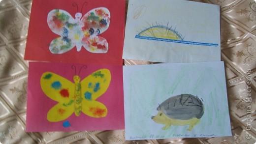 делали детки от 2 лет.  аквариум,ватман,работы детей  1 младшей группы фото 6