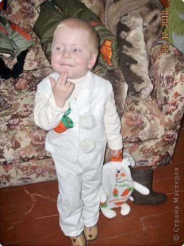 Это мой внук Левушка. Но сегодня он мой зая...   фото 5