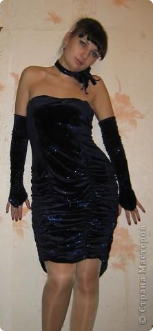 платье сшила для новогоднего корпаратива, к нему перчатки, палантин и украшение на шею.