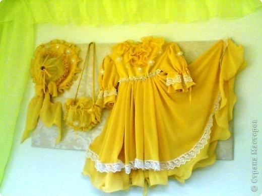 Нарядный комплект для девочки (платье, шляпка, сумочка)