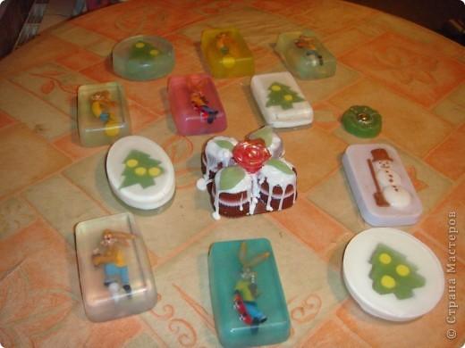 Мыло для детей из основы с игрушками-зайцами Несквиками (символом нового года) фото 5