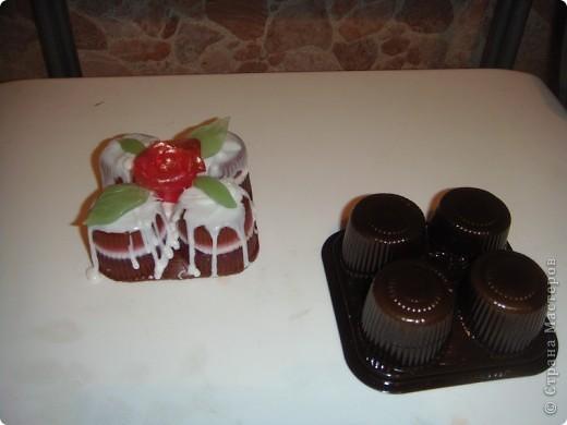 Мыло для детей из основы с игрушками-зайцами Несквиками (символом нового года) фото 3
