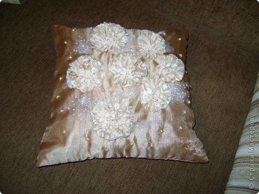 От шитья штор остались лоскуты, которые как то превратились в подушки. фото 4