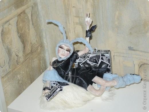 Очередной подарок подруге! На этот раз к Новому году!  Но образ зайца подойдет для нее и в любой другой год, так как подруга обладает звучной фамилией Кроль!:) фото 1