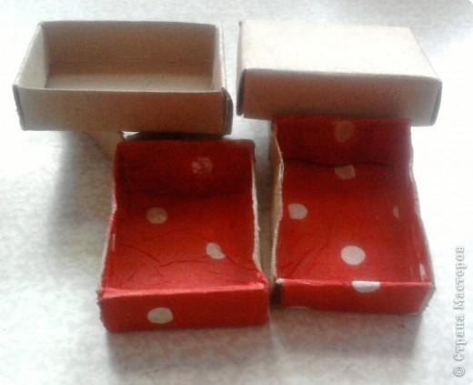 берём 8 пустых спичечных коробков,складываем их как на рисунке фото 8