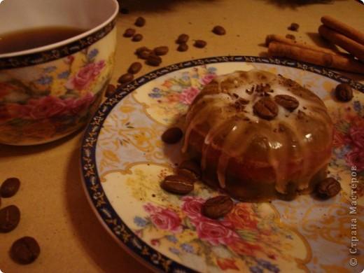 Шоколадно-вишневое пирожное фото 1