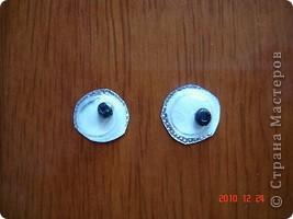Я могу вам предложить вариант двигающих глаз. Их можно использовать и в аппликации, и на какую либо поделку. Когда я у сына спросила. Что это? Он ответил: Глаза - Лунтика. фото 6