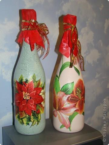 бутылка (краска акриловая, салфетки. лак. на зеленой: одношаговый кракелюр, блестки и хрустальная паста) фото 1