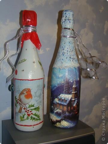 бутылка (краска акриловая, салфетки. лак. на зеленой: одношаговый кракелюр, блестки и хрустальная паста) фото 2