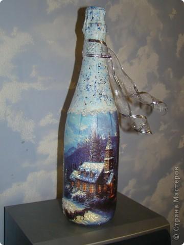 бутылка (краска акриловая, салфетки. лак. на зеленой: одношаговый кракелюр, блестки и хрустальная паста) фото 3