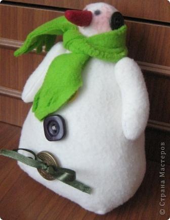 Сегодня на занятии, маленькие шили снеговиков... фото 2