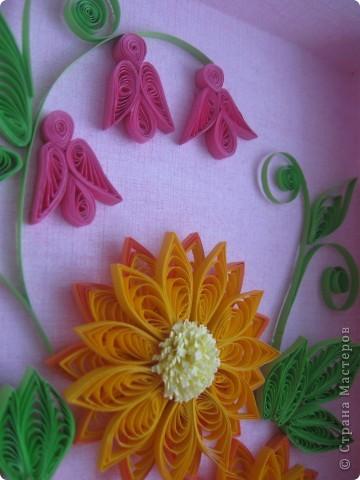 Накопились у меня цветочки и я сделала из них несколько композиций.Решила показать их Вам, пока они без рамок - фотографии без стекла получаются лучше. фото 3