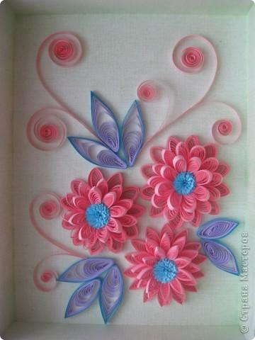 Накопились у меня цветочки и я сделала из них несколько композиций.Решила показать их Вам, пока они без рамок - фотографии без стекла получаются лучше. фото 7