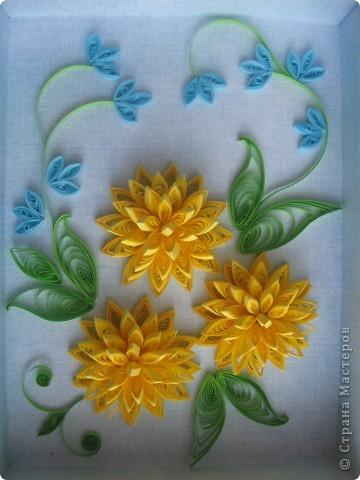 Накопились у меня цветочки и я сделала из них несколько композиций.Решила показать их Вам, пока они без рамок - фотографии без стекла получаются лучше. фото 10