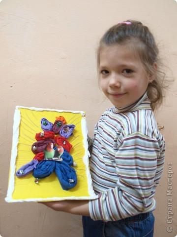 Фруктами, обувью красивой и новой украсила свою ёлку Лиза, 6 лет фото 4