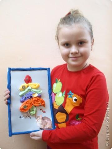 Фруктами, обувью красивой и новой украсила свою ёлку Лиза, 6 лет фото 2