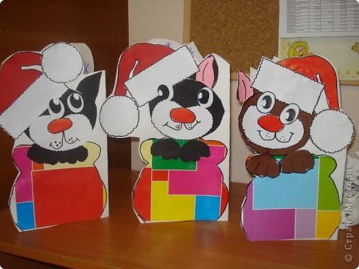 """Наконец то мы сделали подарки для родителей. Они были в восторге. Спасибо за идею. Мы только немного видоизменили ее: сделали в виде открытки, внутри написали """" с новым годом"""" и нарисовали много- много снежинок. фото 3"""