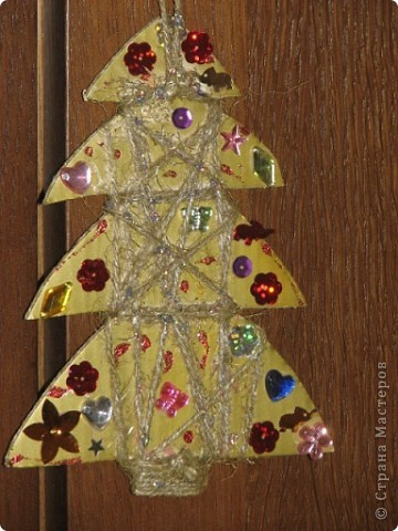 Спасибо за идею для елочки. http://stranamasterov.ru/node/123170 Маша все, кроме конуса смогла сделать сама. фото 7