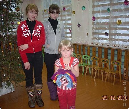 Сегодня, в последний день второй четверти мы с моими девятиклассницами развозили подарки... фото 35