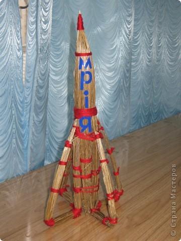 Вот такая креативная ёлка к новому году . фото 4