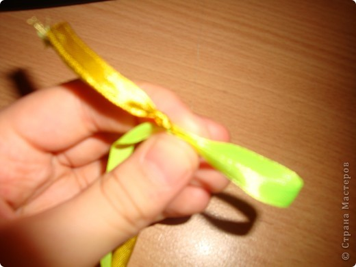 фенечки из атласных  лент фото 5