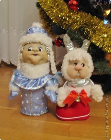 Живет в башмаке Деда Мороза, потому как маленький и пугливый фото 3
