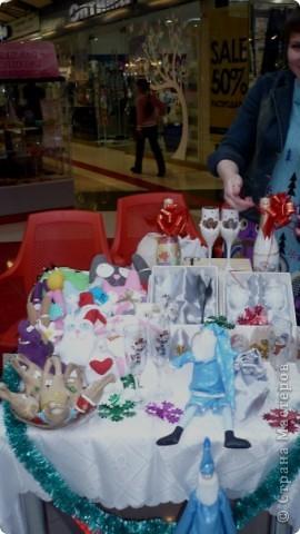 25-26 декабря в одном из ТРЦ города Ижевска прошла очередная выставка-продажа ХендМейд, в которой я принимала участие. Были представлены разнообразыне техники. В основм, правда, скапбукинг и украшения из пластики.  фото 3