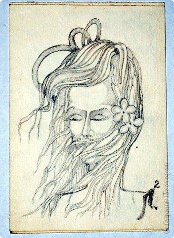 Этот портрет нарисован кажется сангиной, такой черный художественный мелок фото 8