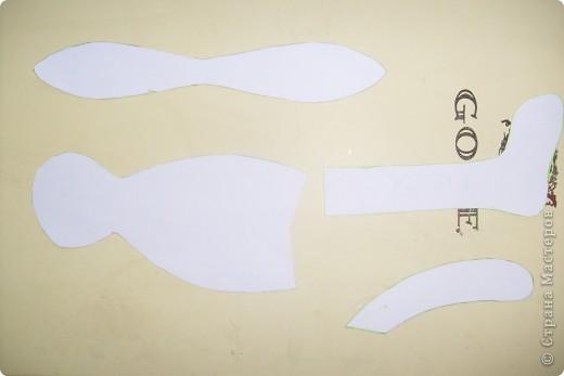 Вот он- мой красавец)))покрашена ткань растворимым кофе, тело слабым раствором, а одежда крепким. Аромат стоит на всю квартиру))) На одежке вышила сердечко коричневого цвета для разнообразия))) фото 2