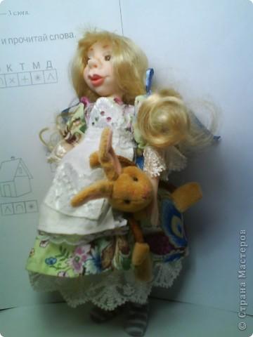 Имя куколке не придумано. Хотела слепить озорную девочку, но получилась положительная. фото 2