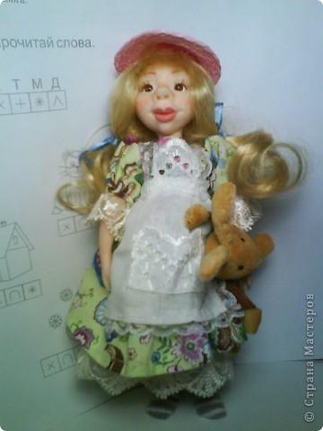 Имя куколке не придумано. Хотела слепить озорную девочку, но получилась положительная. фото 1