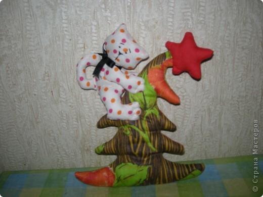 Кот на елке. Спасибо, Эллочка. http://stranamasterov.ru/node/100479 фото 1