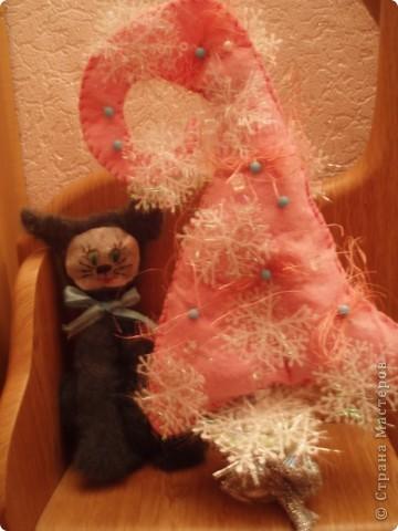 вот такую елочку я попробовала сшить по выкройке Лепы, огромное ей спасибо!!!!!!!!!!!! фото 2