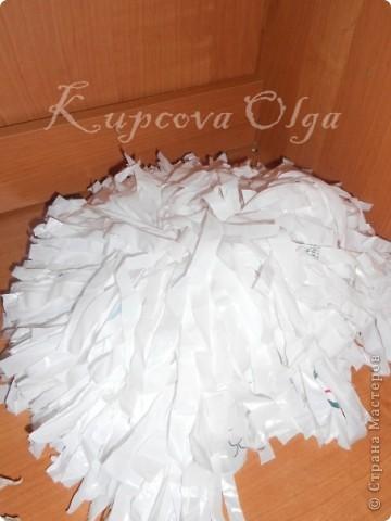 Делала помпоны для группы поддержки в спортивных соревнованиях из больших Ашановских пакетов фото 1