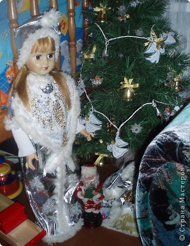 Девочки всех с наступающим Рождеством!!!!А мы смастерили еще в  прошлом году вот такой вертеп. теперь он стоит в детском саду в моей группе.Дети ходят и говорят какая красота:)))))))))))) фото 2